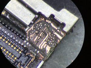 Naprawa uszkodzonych ścieżek iphone 6 brak obrazu